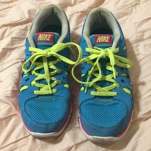 Nike Dual Fusion Run 2 Tennis Shoes Youth 5